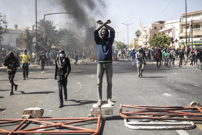 Lors d'une manifestation pour la libération de l'opposant Ousmane Sonko, à Dakar, le 8mars 2021.