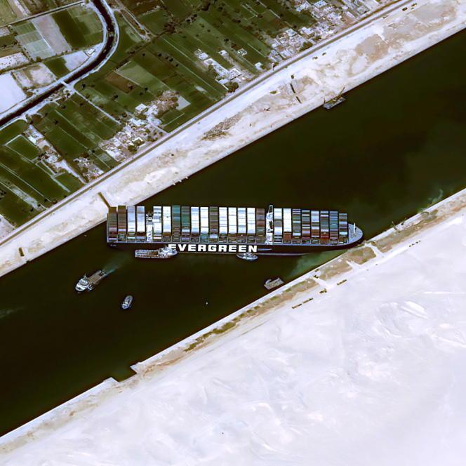 25. März, gestrandet im Suezkanal