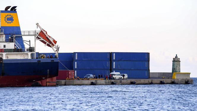 Il porto di Sousse, Tunisia (qui nel novembre 2020), dove si trovano centinaia di container di rifiuti importati illegalmente dall'Italia.
