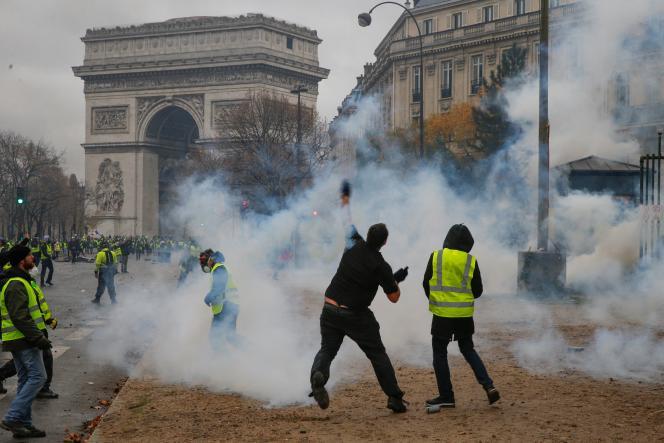 Manifestation des « gilets jaunes», à Paris, le 1er décembre 2018.