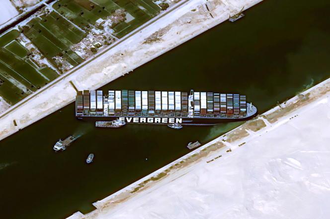 Image satellite du porte-conteneur bloqué, le 25 mars 2021.