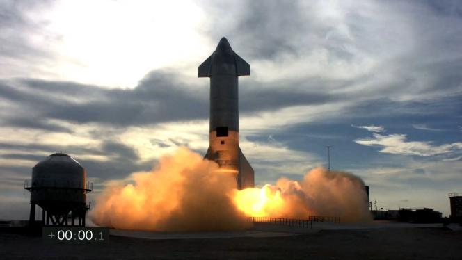 Imagen de despegue del cohete SN10, un prototipo del cohete SpaceX Starship, el 3 de marzo de 2021.