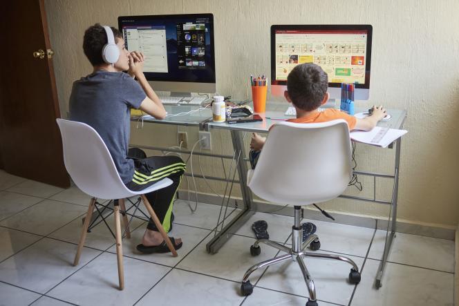 « Les problèmes de connectivité, d'accès à l'équipement informatique ainsi que les conditions d'études à domicile se conjuguent et affectent l'apprentissage d'un nombre important d'élèves», explique Borhene Chakroun.