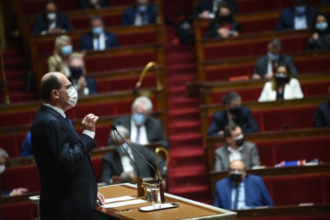 Le premier ministre, Jean Castex, devant les députés, à l'Assemblée nationale, le 1er avril 2021
