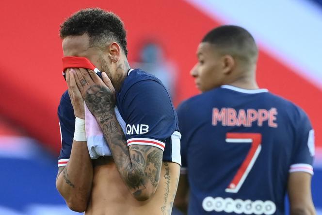 Neymar et Mbappé impuissants contre Lille le 3 avril.