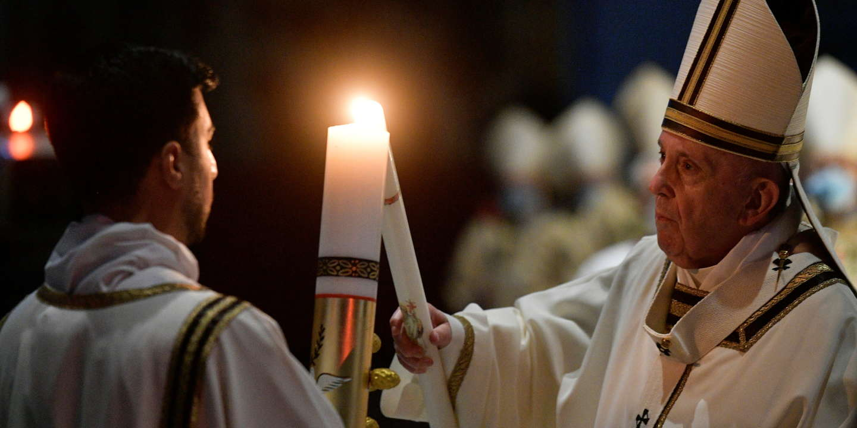 Covid-19 dans le monde : le pape espère une renaissance post-pandémique