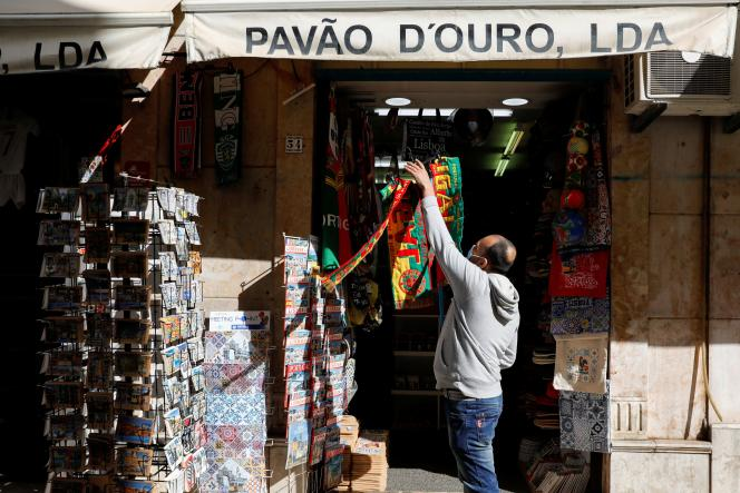 A Lisbonne, le 5avril.