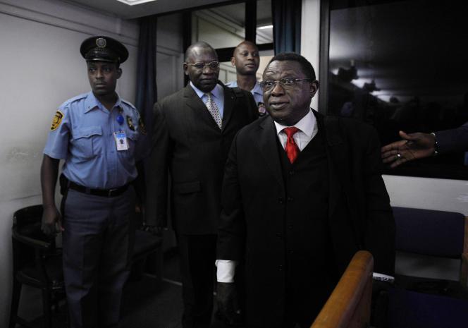 Le colonel Théoneste Bagosora, le 18 décembre 2008, devant le Tribunal pénal international pour le Rwanda. Il avait été reconnu coupable degénocide, crimes contre l'humanité et crimes de guerre.