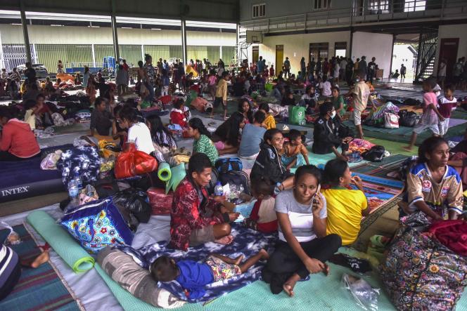 Pada tanggal 5 April di sebuah pusat evakuasi di Dili, Timor Leste.
