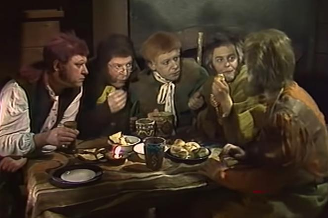 «Khraniteli» (les gardiens), adaptation russe en 1991 du«Seigneur des anneaux»,de J. R. R.Tolkien.