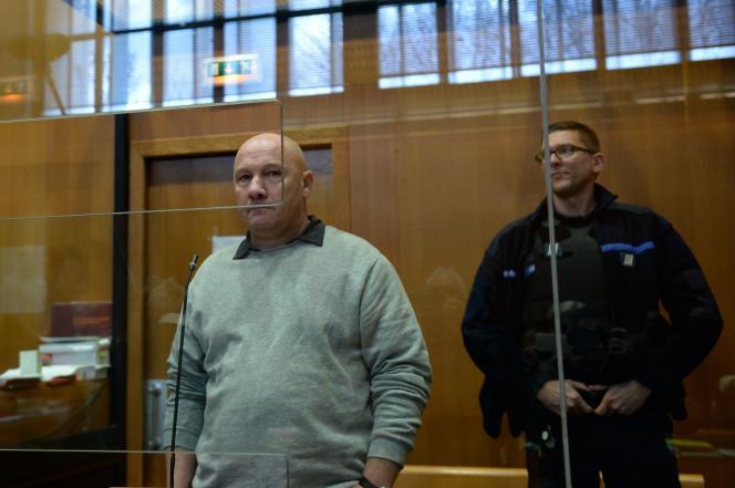 Philippe Gillet devant la cour d'assises des Ardennes, à Charleville-Mézières, le 25 mars 2019.