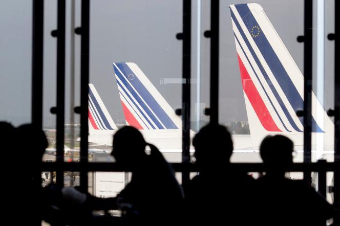 Avions de la compagnie Air France, le 15 septembre 2014, à l'aéroport d'Orly (Val-de-Marne).