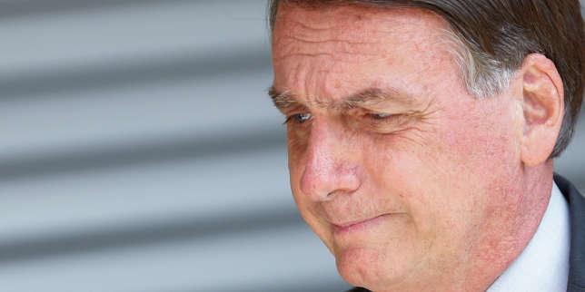 Au Brésil, Jair Bolsonaro isolé dans la tourmente