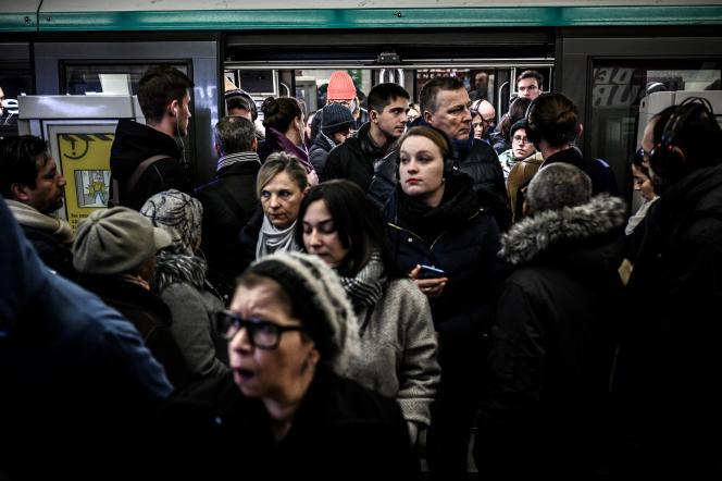 Dans le métro parisien, en décembre 2019.