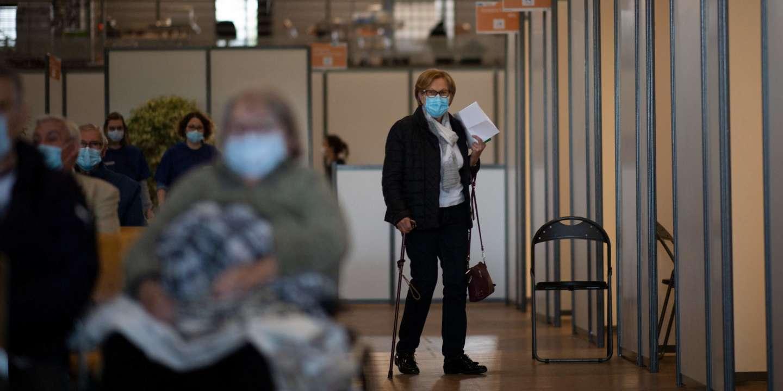 Covid-19 : en France, une triple fracture vaccinale