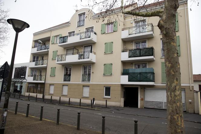 L'immeuble où vivait Reda Kriket, principal suspect d'un projet d'attentat déjoué, à Argenteuil (Val-d'Oise), en 2016.