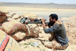 Un combattant loyal aux forces du gouvernement soutenu par Riyad, dans la province de Marib, le 6 avril.