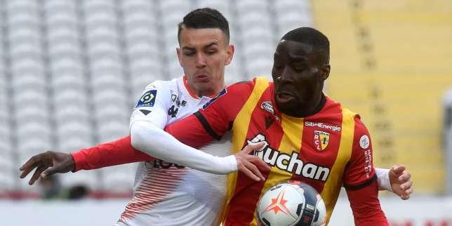 Ligue 1: Nantes s'enfonce face à Rennes, Lens écrase Lorient, Monaco et Lyon se maintiennent