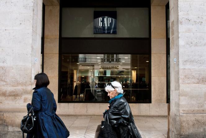 Un magasin Gap, à Paris, en 2012.