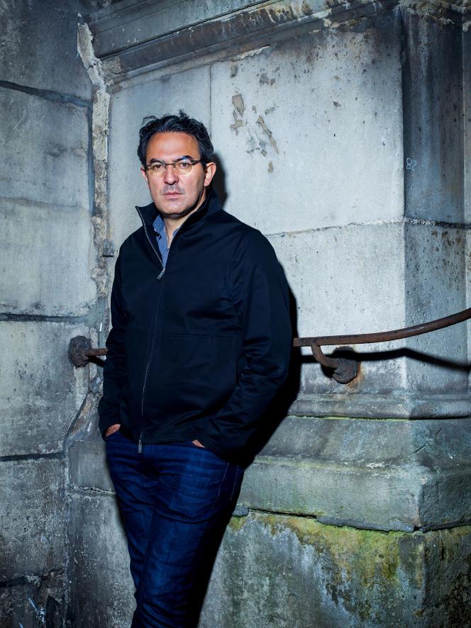 L'écrivain colombien Juan Gabriel Vasquez, à Paris, en avril 2021.