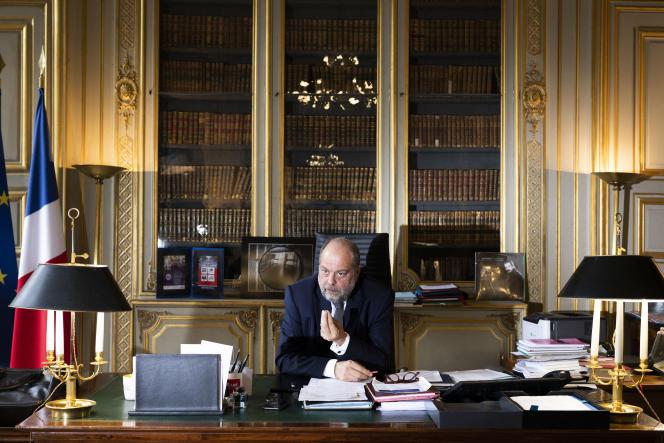 Le ministre de la justice Eric Dupond-Moretti, place Vendôme, à Paris, en décembre 2020.