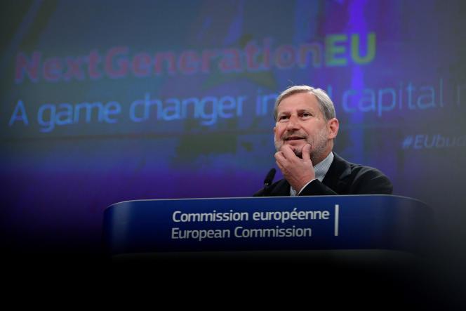 Le commissaire européen chargé du budget, Johannes Hahn, à Bruxelles, le 14 avril 2021.