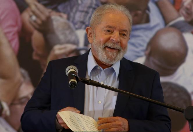 رئیس جمهور پیشین لوئیس ایناسیو لولا دا سیلوا در 10 مارس در سائو برناردو دو كمپو كنفرانس مطبوعاتی برگزار كرد.