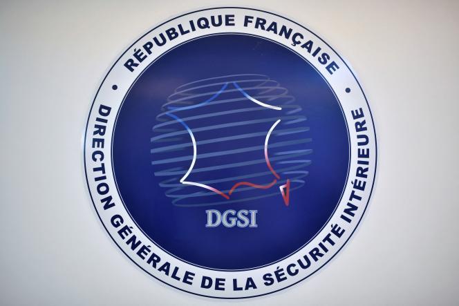 Le logo de la Direction générale de la sécurité intérieure(DGSI), à son siège à Paris, en 2020.