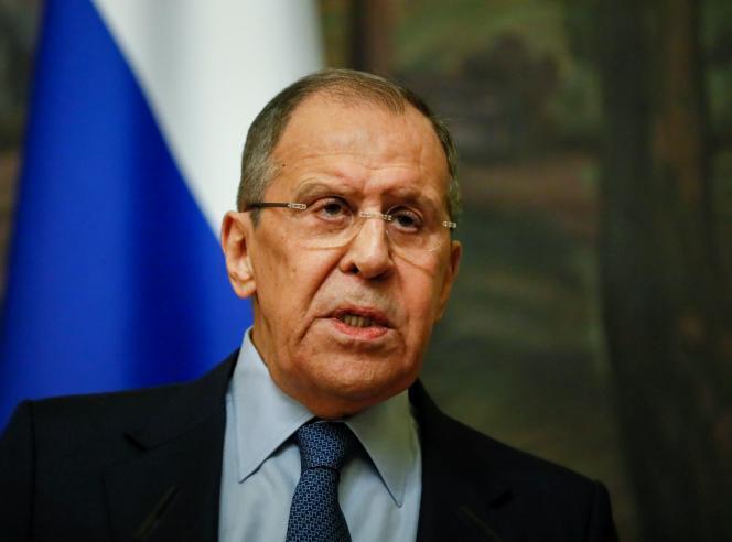 Le ministre russe des affaires étrangères Sergueï Lavrova « recommandé » à l'ambassadeur des Etats-Unis à Moscou de rentrer à Washington.