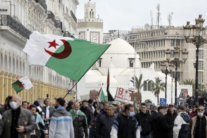 Manifestation pro-démocratie, à Alger, le 16 avril 2021.