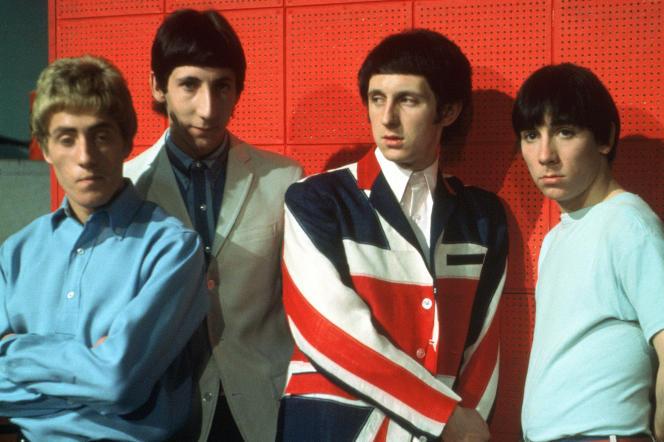 De gauche à droite : Roger Daltrey, Pete Townshend, John Entwistle et Keith Moon, en 1966, à Londres.