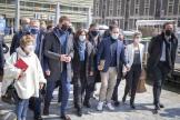 Les participants à la réunion des gauches, samedi 17 avril à Paris, autour de Yannick Jadot.