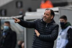 L'entraîneur d'Angers, Stéphane Moulin, à Angers, le 17 avril 2021.