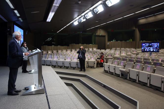 Le haut représentant de l'Union européenne pour les affaires étrangères,Josep Borrell, lors d'une conférence de presse, à Bruxelles, le 19 avril.