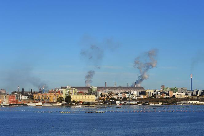 Le site d'ArcelorMittal Italia (ex-Ilva), le 8 novembre 2019, à Tarente, dans les Pouilles.