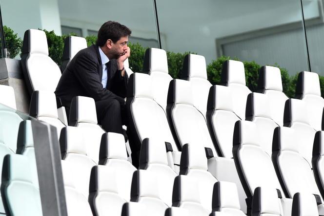 Le président de la Juventus, Andrea Agnelli, seul dans les tribunes de l'Allianz Turin, le 11 avril 2021.