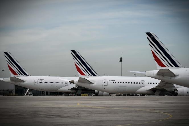 Des avions d'Air France, à l'aéroport de Roissy-Charles-de-Gaulle, le 11 avril 2018.