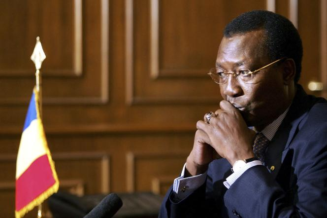 Idriss Deby, à N'Djamena, le 30 juin 2004.