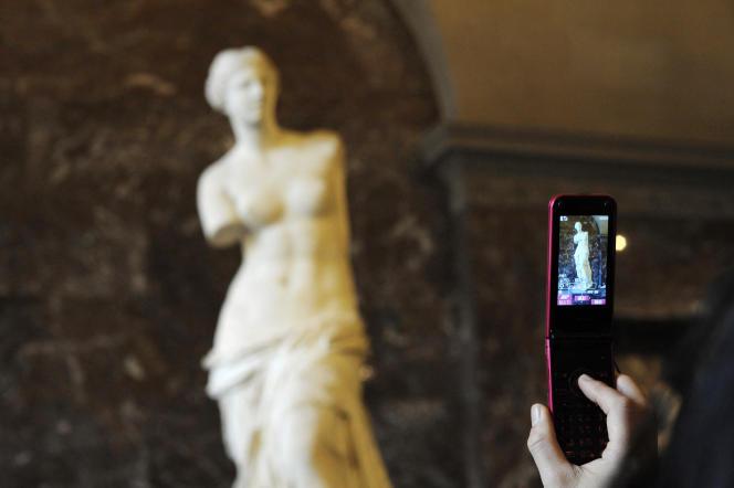 La Vénus de Milo, au Louvre, à Paris.