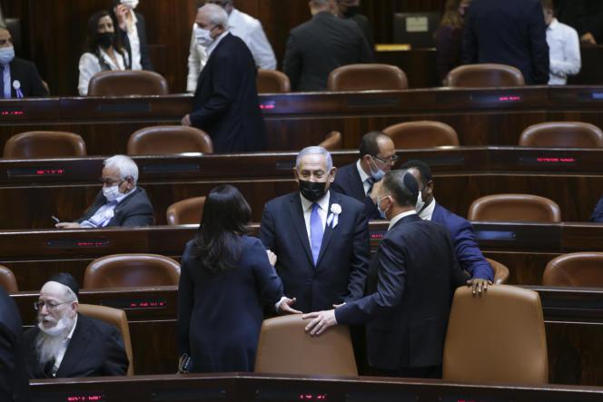 Le premier ministre israélien, Benyamin Nétanyahou, durant la cérémonie de prestation de serment à la Knesset, à Jérusalem, le 6 avril.