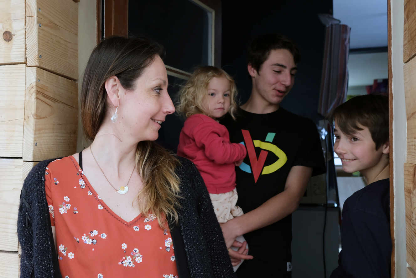 Les familles monoparentales, en première ligne de la crise sociale et sanitaire