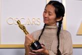 Le succès de Chloé Zhao aux Oscars embarrasse la Chine