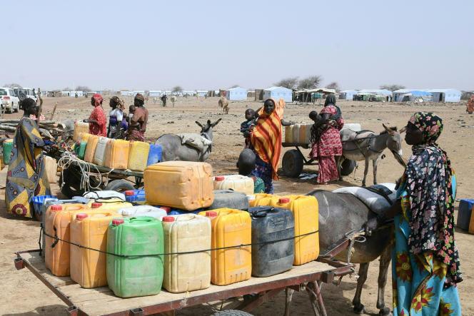 In einem Lager für Menschen, die durch dschihadistische Angriffe am 11. März 2021 in Godibo in der Nähe von Douri im Nordosten von Burkina Faso vertrieben wurden.