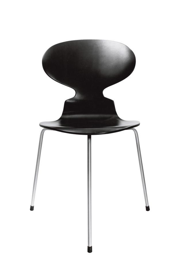 La chaise Fourmi de Arne Jacobsen.
