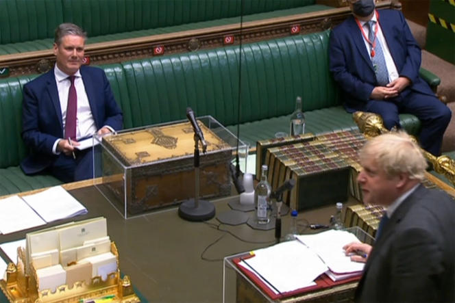 Boris Johnson reageert op een vraag van Labour-leider Keir Starmer over het renoveren van zijn officiële appartement.