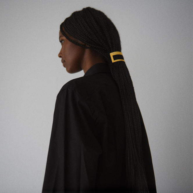 Barrette 045, Hair Design Access par Sylvain Le Hen, 70€.