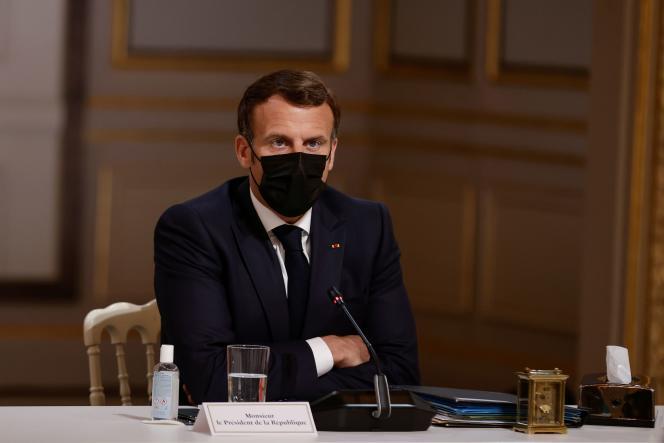 Emmanuel Macron au palais de l'Elysée, à Paris, le 29 avril.