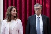 Melinda et Bill Gates, lors de la remise des insignes de commandeur de la Légion d'honneur, à l'Elysée, en 2017.