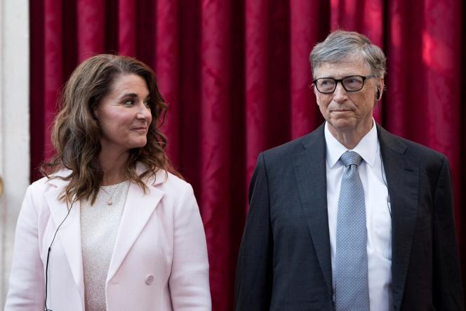 Melinda et Bill Gate, lors de la remise des insignes de commandeur de la Légion d'honneur, à l'Elysée, en 2017.