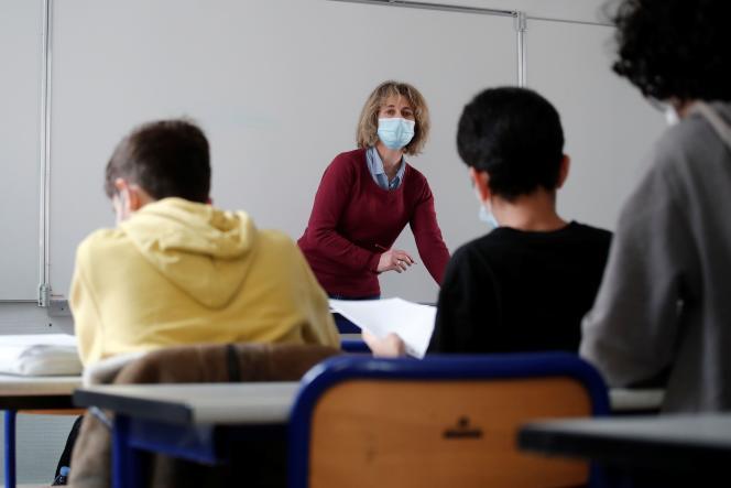 Un cours d'allemand au lycée Buffon, dans le 15e arrondissement de Paris, le 3 mai 2021.